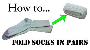 how to roll a pair of socks