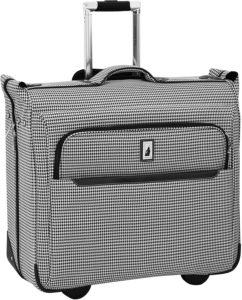 London Fog Cambridge Ii Wheeled Garment Bag